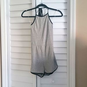 Gently Used Maru Gray Romper Size S